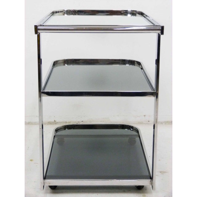 Streamlined 1980s Chrome Flat Bar Tea Cart For Sale - Image 5 of 6