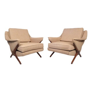 Pair of Midcentury Lounge Chairs After Kagan For Sale
