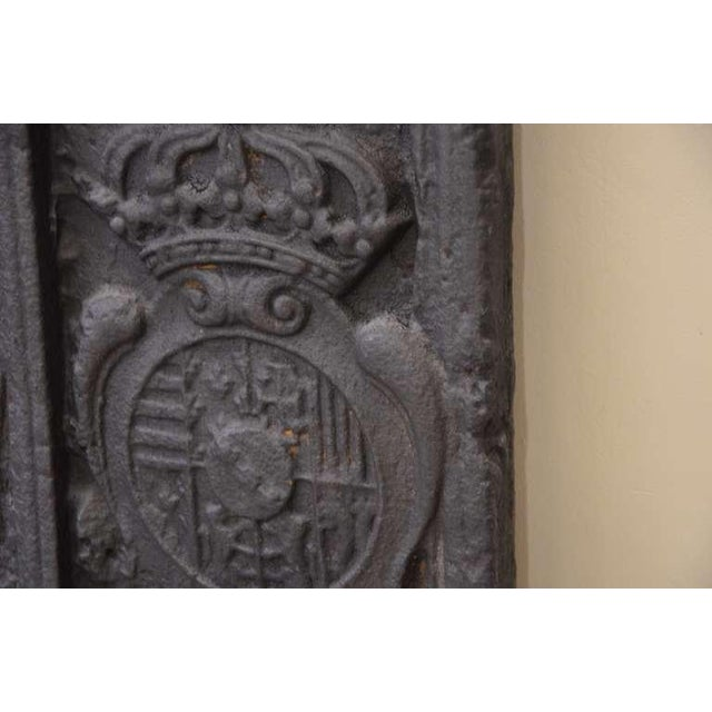 18th C. Large Fireback - Coat of Arms Lorraine from 1704 For Sale - Image 9 of 11