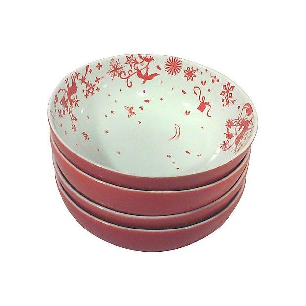 Red & White Porcelain Stag Bowls - Set of 4 For Sale