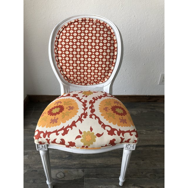 1960s Louis XV Style White Round Back Side Chair For Sale - Image 5 of 5