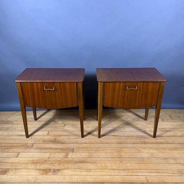 Mid-Century Modern Pair 1950s Drop-Front Nightstands, Mahogany & Brass For Sale - Image 3 of 9