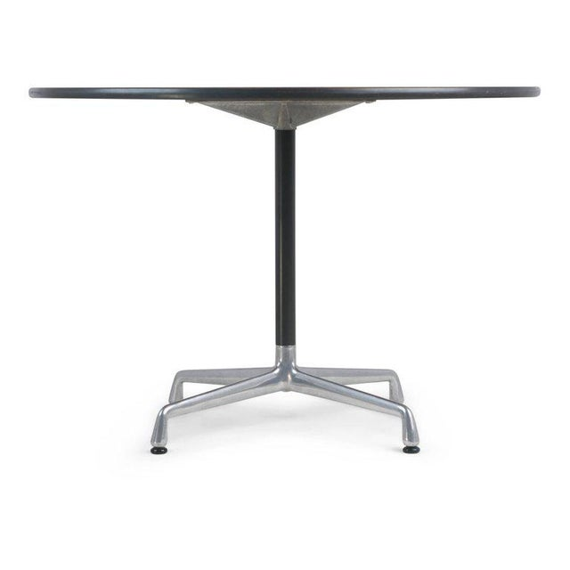 Contemporary Charles & Ray Eames for Herman Miller Aluminum Group Dining Table, Circa 1970 For Sale - Image 3 of 7
