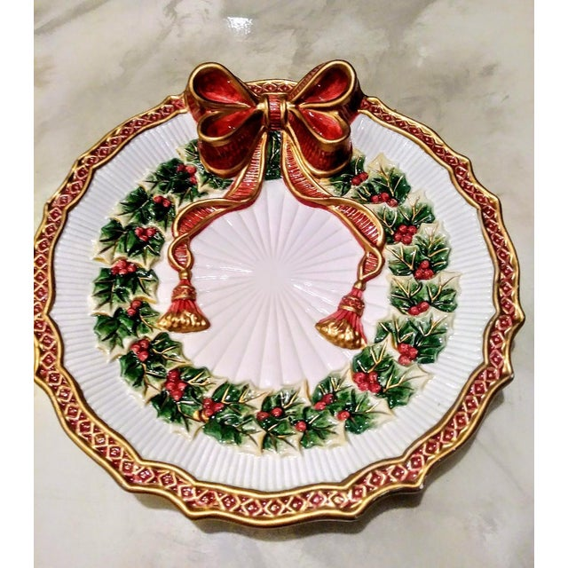 Beautiful vintage Fitz and Floyd Christmas wreath 2 piece serving dish with sugar bowl. They have gorgeous details with...