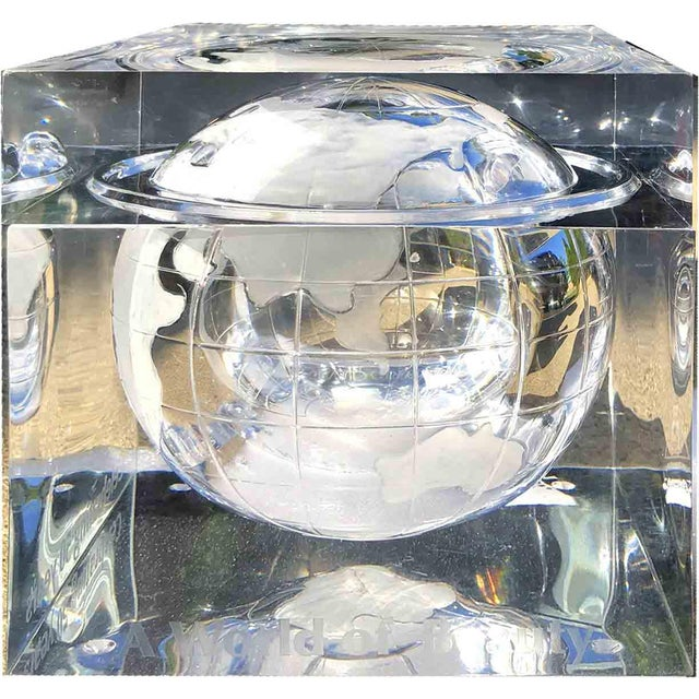 Mid-Century Modern 1970s Alessandro Albrizzi Ice Bucket With Incised Globe in Lucite For Sale - Image 3 of 12