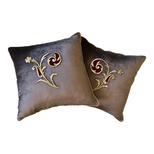 Early 19th Century Dark Grey Velvet Pillows - a Pair For Sale