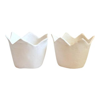 Boho Chic White Zig Zag Paper Mache Planters - a Pair For Sale