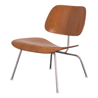 1960s Eames Lcm Chair in Walnut For Sale