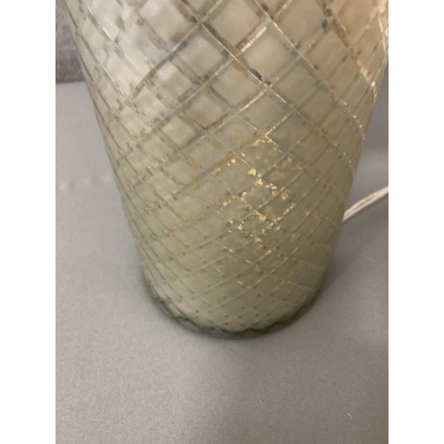 Modern Ethan Allen Lattice Glass Table Lamp With Shade For Sale - Image 3 of 10