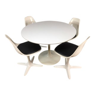 Set of 4 Saarinen Style Tulip Table and Propeller Base Chairs by Burke For Sale