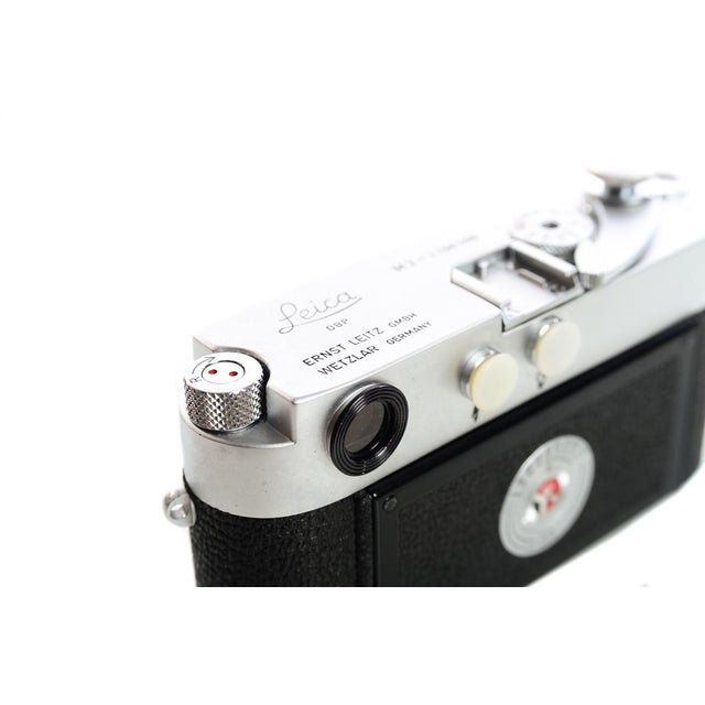 Leica M3 #1156xxx -very Late Single Stroke-Vintage 1966 Rangefinder camera For Sale - Image 10 of 11