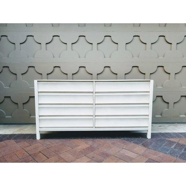 Paul Laszlo Mid-Century Mahogany Dresser For Sale - Image 11 of 11