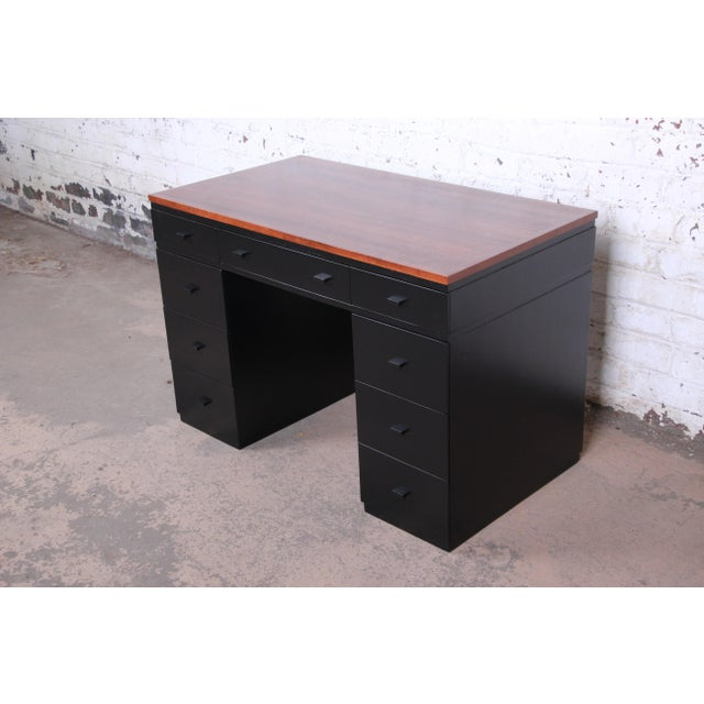 Early Edward Wormley for Dunbar Walnut and Black Lacquered Kneehole Desk, 1940s For Sale - Image 13 of 13