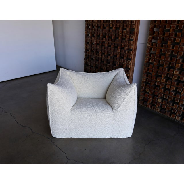 "Late 20th Century Mario Bellini "" Le Bambole "" Lounge Chairs for B&b Italia, Circa 1985 - a Pair For Sale - Image 5 of 13"