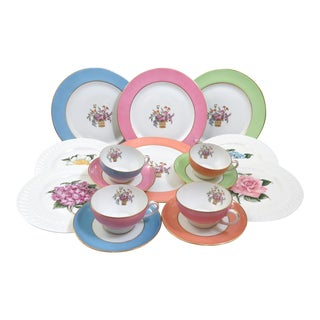 Slightly Mismatched Dinnerware, 16 Piece Set For Sale