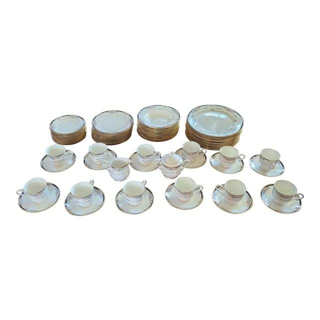 6 Piece Service for 12 Lenox Abigail Porcelain China Dinnerware Set, 1990s ~ Mint ~ For Sale