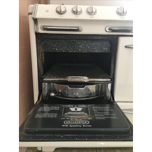 1950s Vintage O'Keefe & Merritt Stove With Griddle For Sale In Los Angeles - Image 6 of 9