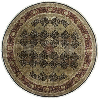 Vintage Hand Knotted Wool Round Indian Rug - 9′ × 9′ For Sale