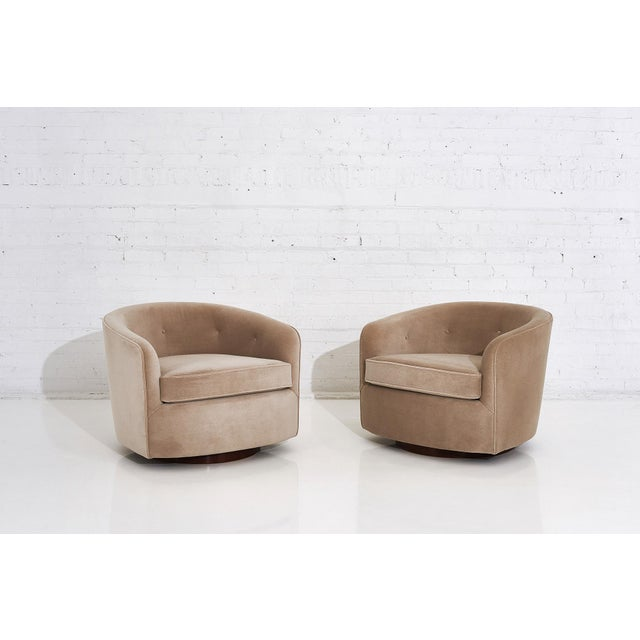 Milo Baughman Swivel Barrel Chairs on Walnut Bases, 1960 For Sale - Image 10 of 10