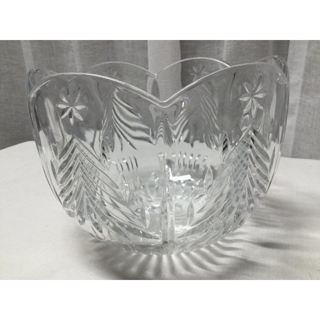Mid 20th Century Christmas Trees Lead Crystal Serving Bowl For Sale - Image 4 of 5
