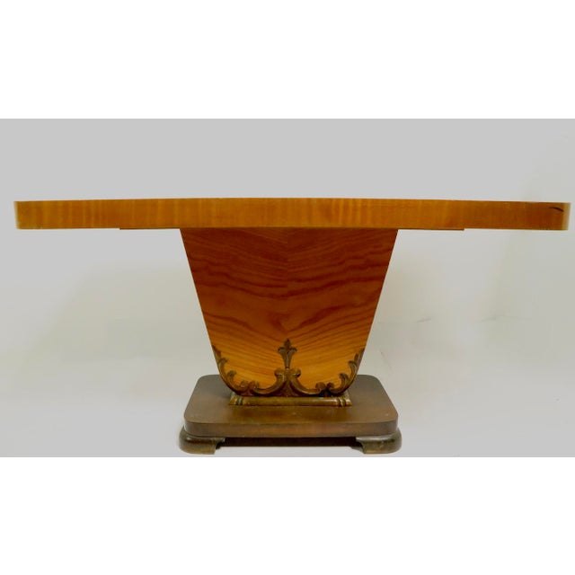 Diminutive English Art Deco Burl Console Table For Sale In New York - Image 6 of 9