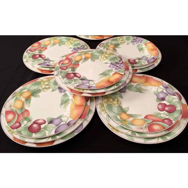 Villeroy & Boch, Gallo Design, Frutteto, Chop/Charger Plates - Set of 5 For Sale - Image 9 of 13