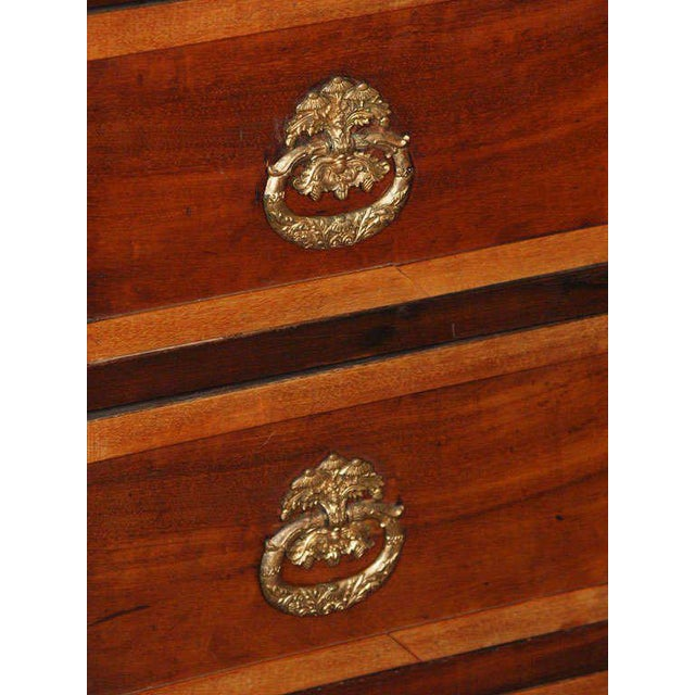 Antique French Directoire mahogany marble top commode. For Sale In New Orleans - Image 6 of 9