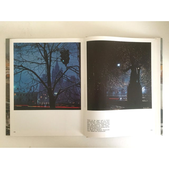 """"""" Moskau """" Vintage 1975 Photography Cultural Travel Large Art Book in German For Sale - Image 5 of 11"""