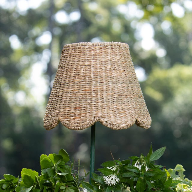 English Maison Maison Small Scalloped Lampshade in Seagrass For Sale - Image 3 of 3