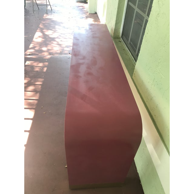 1970s Art Deco Style Pink Waterfall Console For Sale In Miami - Image 6 of 8