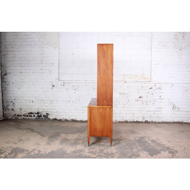 Sligh Mid-Century Modern Walnut Sideboard Credenza With Bookcase Hutch For Sale - Image 9 of 12