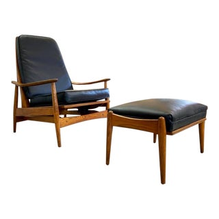 1960s Leo Jernick Heywood Wakefield Lounge Chair Rocker With Matching Ottoman - a Pair For Sale