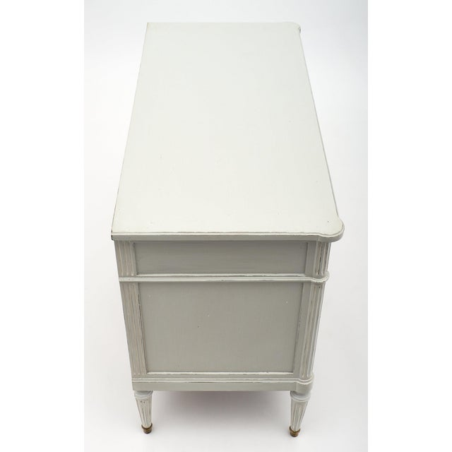 Louis XVI Style French Painted Chest For Sale In Austin - Image 6 of 10