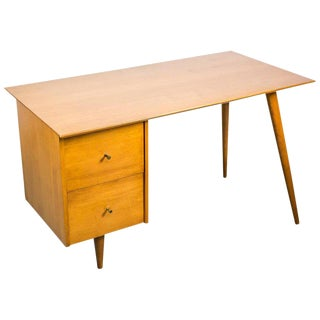 Paul McCobb Desk for Planner Group in Solid Maple, 1950s For Sale