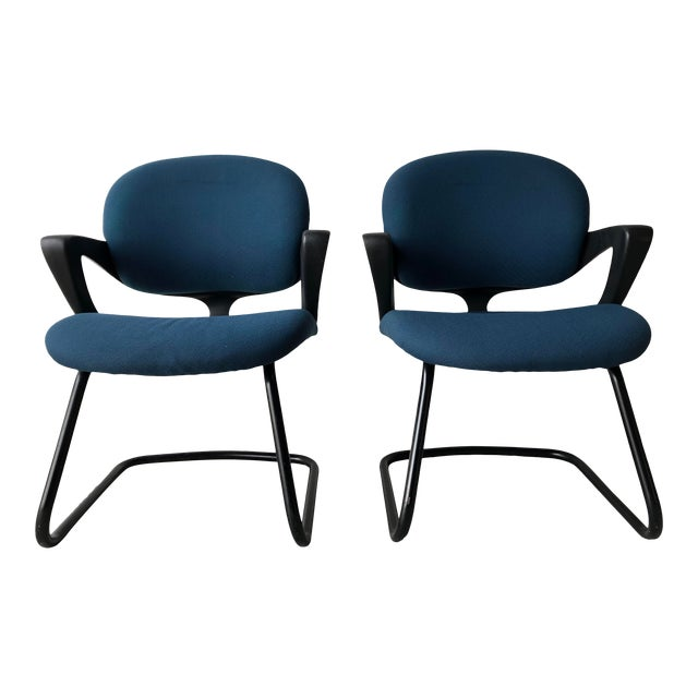 Vintage 1990s Herman Miller Avian Sled Base Side Chairs (A Pair) For Sale