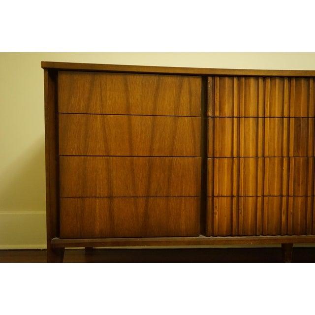 Mid-Century Modern 9-Drawer Dresser - Image 6 of 11
