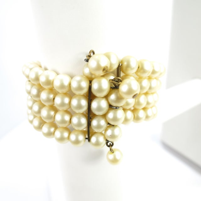 Glass 1950s Miriam Haskell Faux Pearl, Crystal, & Art Glass Cuff Bracelet For Sale - Image 7 of 13