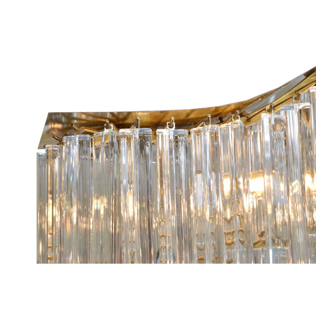 Pagoda Chandelier in Crystal and Brass For Sale - Image 4 of 13