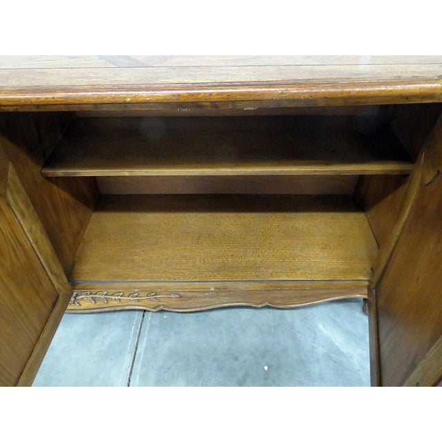 Late 20th Century Thomasville Country French Style Sideboard For Sale - Image 5 of 10