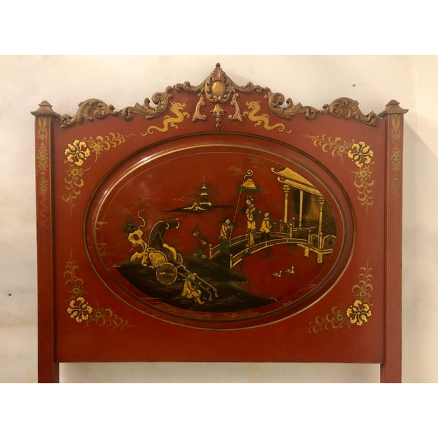 Asian Pair of English Chinoiserie Twin Beds For Sale - Image 3 of 9