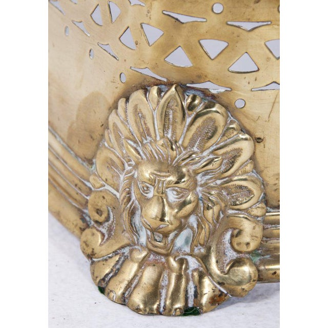 Traditional Victorian English Brass Fire Fender For Sale - Image 3 of 6