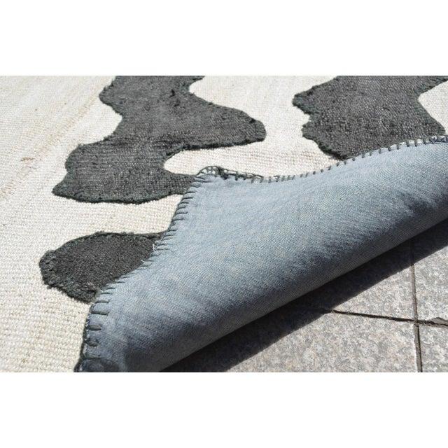 Turkish Handmade Hemp Rug - 4′8″ × 8′ - Image 8 of 8