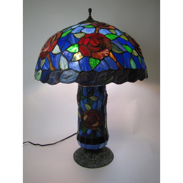 Tiffany Style Stained Glass Table Lamp - Image 5 of 5