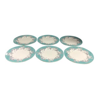 "20th Century Cottage Wedgwood ""Buxton"" Gold Trim Bread & Butter Plates - Set of 6 For Sale"