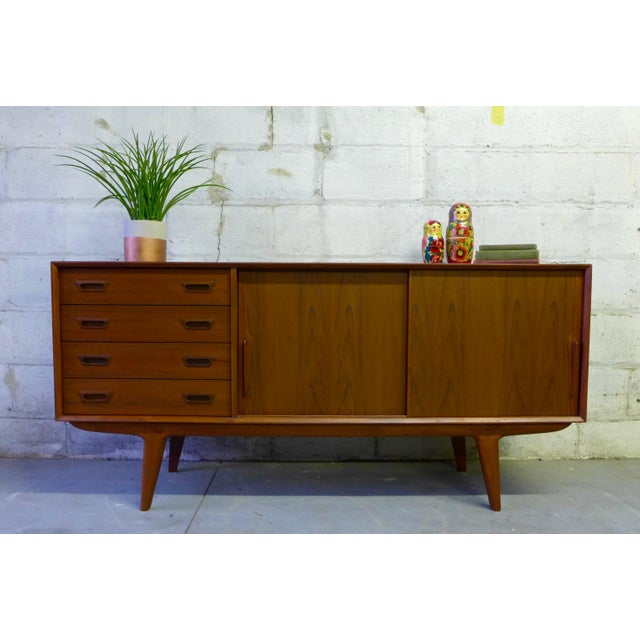 Mid century modern credenza media stand chairish for 0co om cca 9 source table