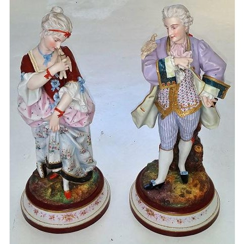 Pair of 18c French Old Paris Porcelain Figurines- A Pair For Sale - Image 13 of 13
