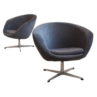 Pair of Swivel Lounge Chairs by Overman For Sale