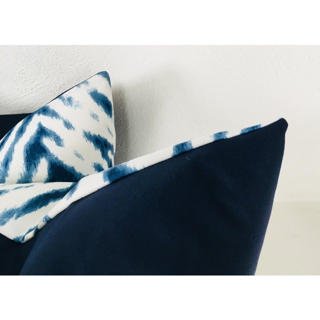Large Flame Stitch White & Blue Pillows – a Pair For Sale In Philadelphia - Image 6 of 8