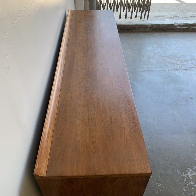 Broyhill Mid Century Broyhill Sculptra Triple Dresser For Sale - Image 4 of 13