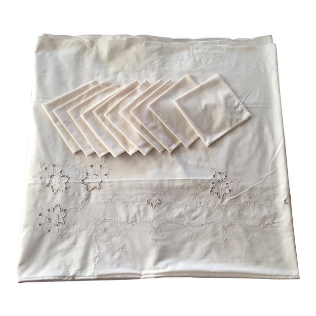 Vintage Ecru Cotton/Linen Cutwork Table Cloth and Napkins For Sale